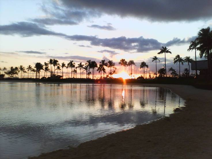 Waikiki Beach Hawaii (Best Honeymoon Destinations In USA