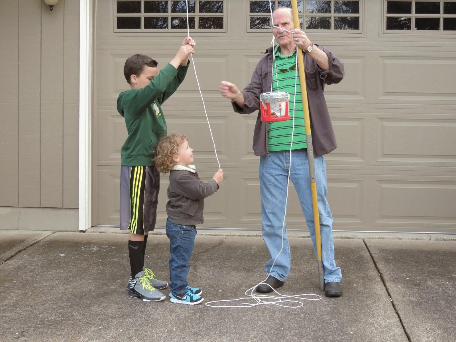 The Caffeinated Homeschoolista Family Egg Drop Challenge
