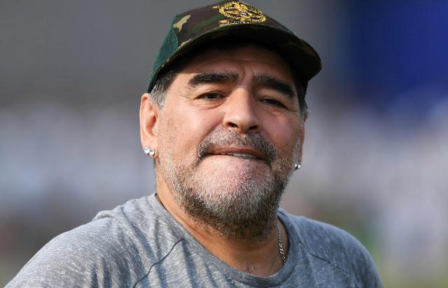 مارادونا: كنت ألعب من أجل حياتي بقميص المنتخب