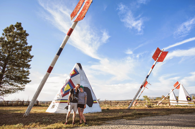 roadside attraction, travel tips