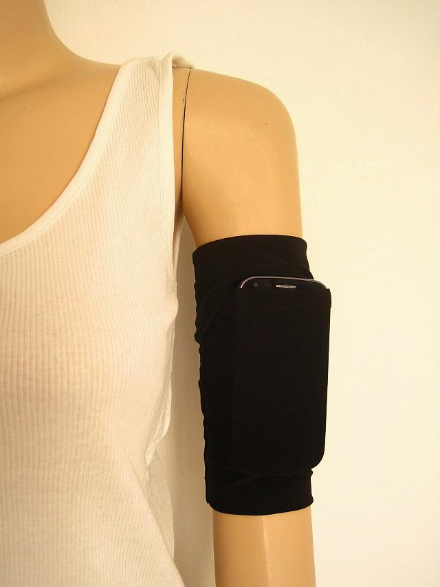 diy running armband greenie dresses for less. Black Bedroom Furniture Sets. Home Design Ideas