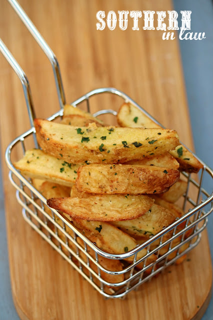 Healthy Baked Pommes Frites Recipe – gluten free, Disneyland copycat recipe, healthy, grain free, low fat, clean eating recipe, sugar free