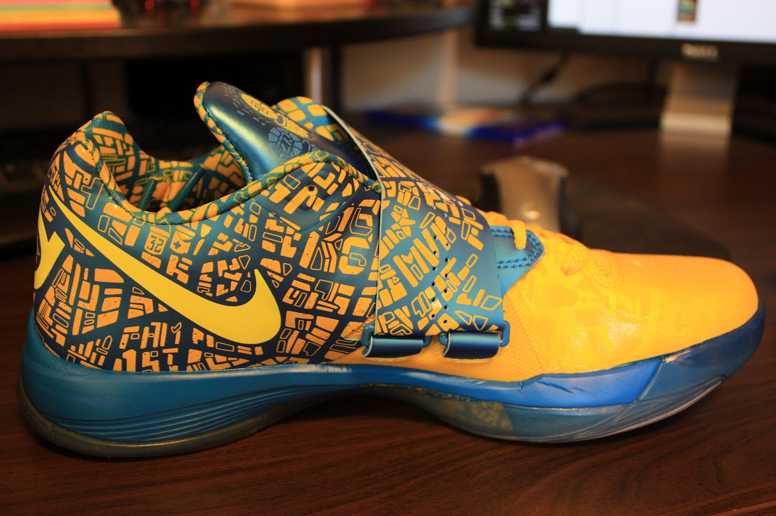 Left Shoe View Kd 3 Scoring Title