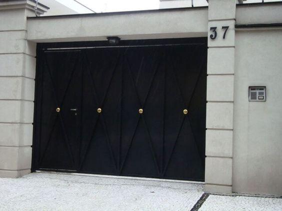 صور اشكال أبواب كراجات حديد للمنازل