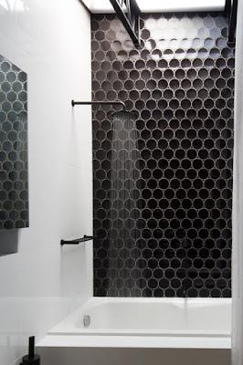 keramik dinding kamar mandi
