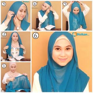 19+ Tutorial Hijab Segi Empat Wisuda; Simple dan Modern