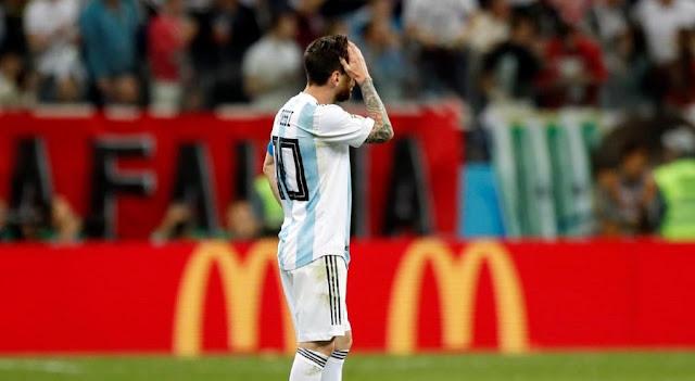 lionel messi triste - copa mundial rusia 2018 - imagenes seleccion argentina de futbol
