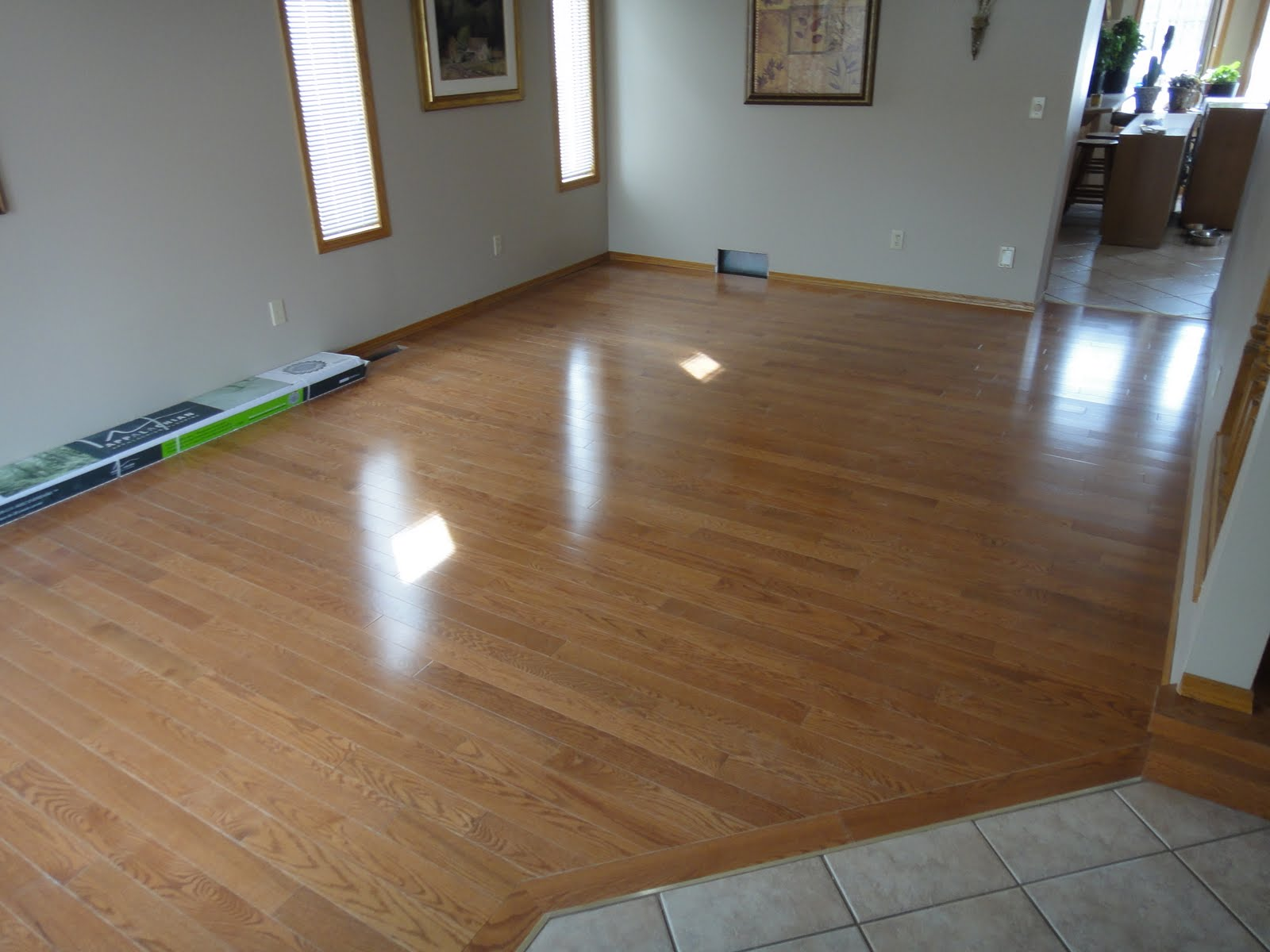Hardwood Solutions Lethbridge 3 1 4 Quot Honey Stained Red Oak