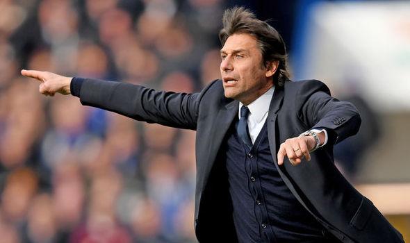 Arturo Vidal Bakal Dipinang Antonio Conte Ke Stamford Bridge