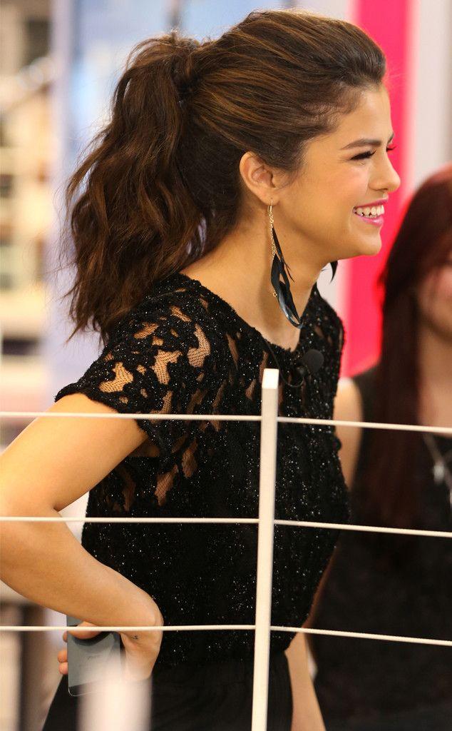 Pleasing Celebrity Hairstyles Celebrity Selena Gomez Hairstyles Short Hairstyles Gunalazisus