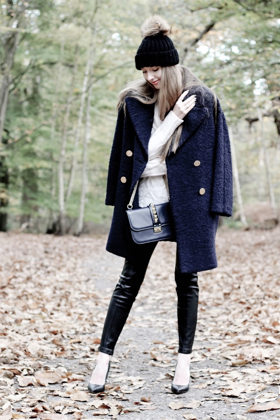 Fashion Blog How to Style a Teddybear Coat for Winter