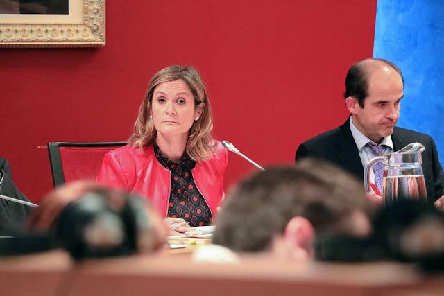 La alcaldesa, Amaia del Campo (PNV), durante el pleno de abril