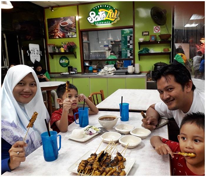 Dinner di Sate Zul, Kuantan