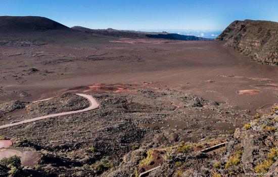 Visiter la plaine des sables à la Réunion. Paysage lunaire.