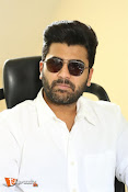 Sharwanand Interview Stills-thumbnail-17
