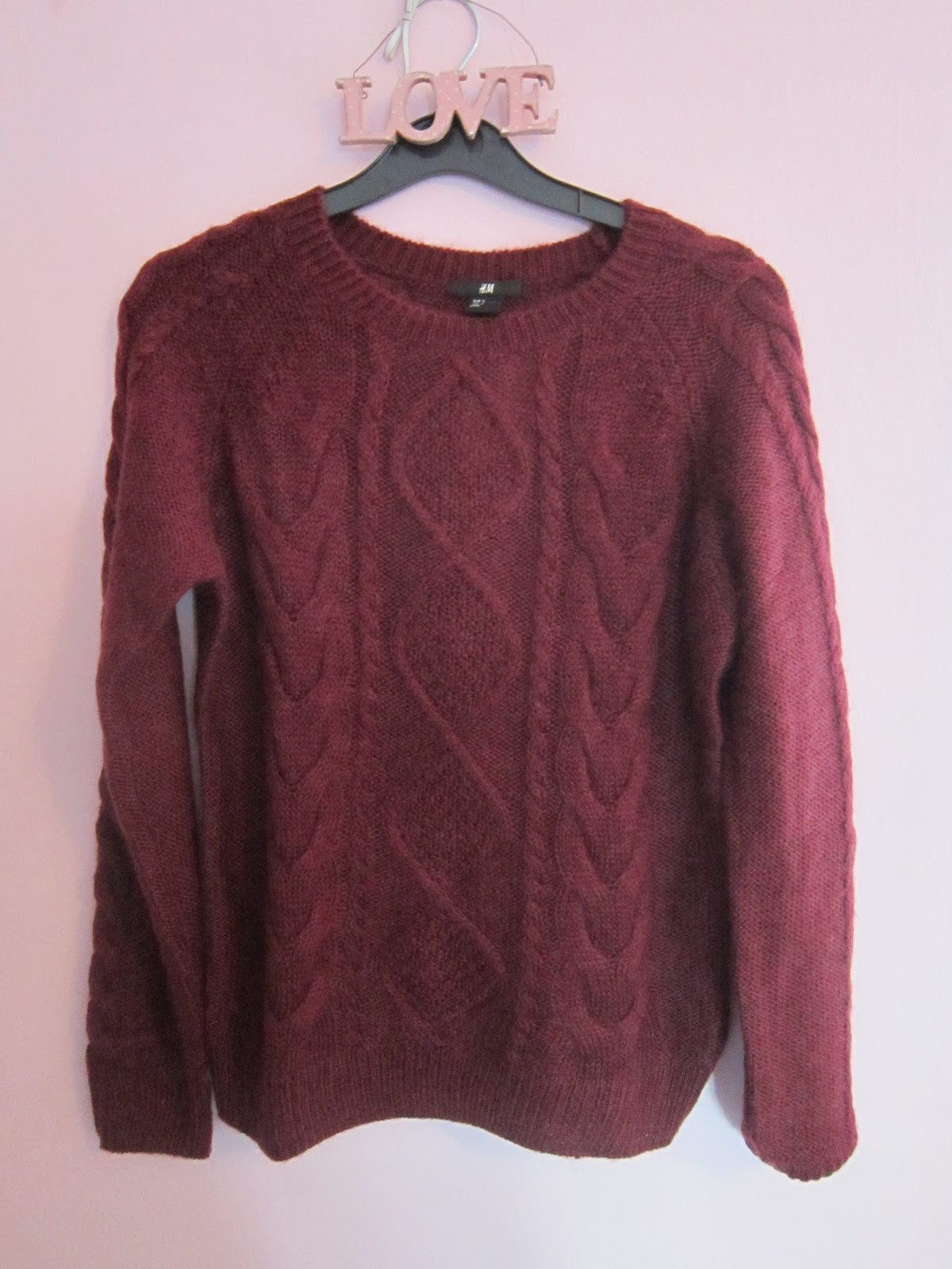 542713410db Another H M purchase  it s my favourite shop didn t you know! I bought this  lovely cable knit jumper in burgandy red for really cold days.
