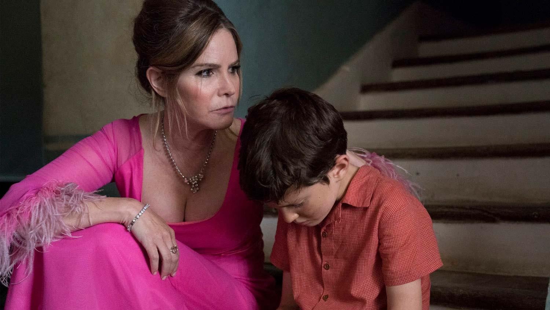 Patrick Melrose - Jennifer Jason Leigh