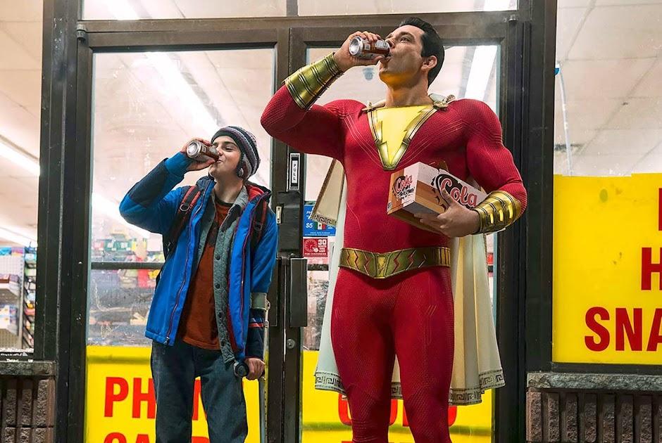 """Nova prévia de """"Shazam!"""" faz de Billy Batson um verdadeiro herói"""