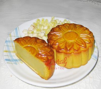 Bánh trung thu Givral Hạt Sen Chay