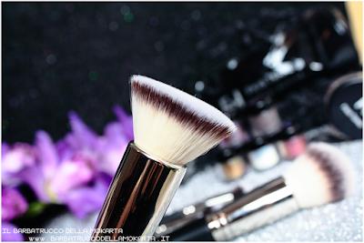 flat kabuki  linea professionale Finisterre mineral