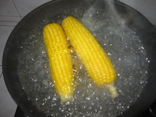 khasiat jagung rebus, khasiat jagung, manfaat jagung rebus, manfaat jagung, manfaat jagung rebus untuk ibu hamil, manfaat jagung rebus untuk ibu menyusui
