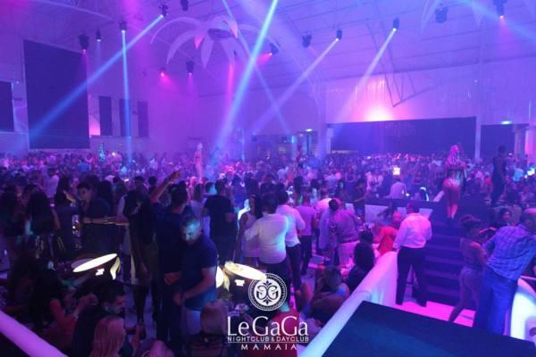 Petrecere in Clubul Le Gaga din Mamaia