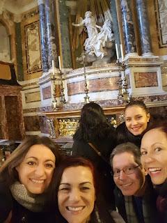 Passeio Anjos Demonios portugues Igeja Vittoria - O nosso city tour Anjos e Demônios
