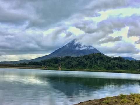 صور :: مدينة لافورتونا في كوستاريكا.