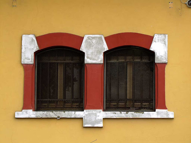 Double window, Livorno