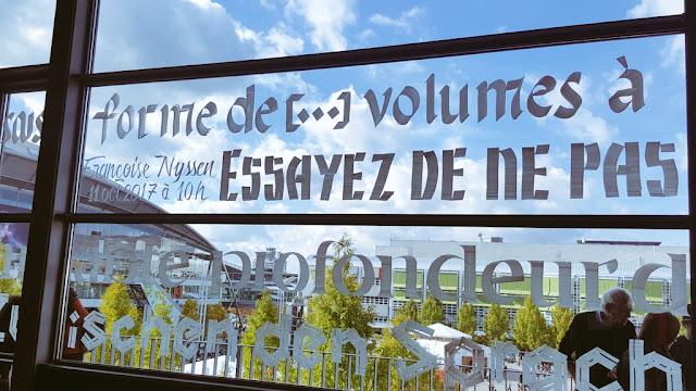 buchmesse-ofaj-kalligraphie-kunst-fenster-frankfurt