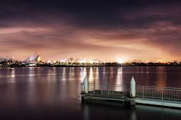 Coba Lihat!!! Ini Penampakan Kota Dubai di Malam Hari Indah Penuh Cahaya