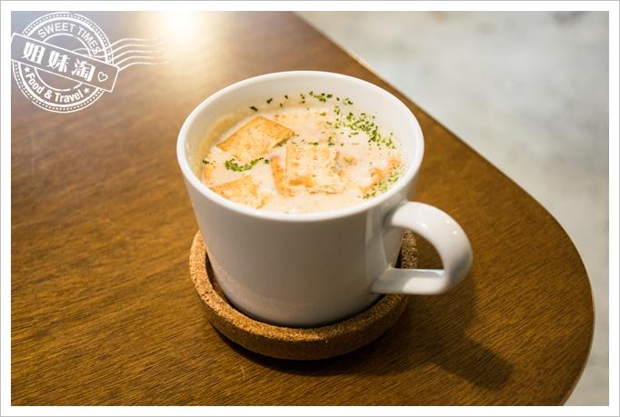 小 蘇蘇杯湯
