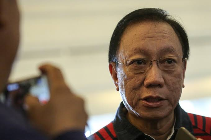 "Calida opposes increase of gov't nurses' salary, says ""no legal basis"""