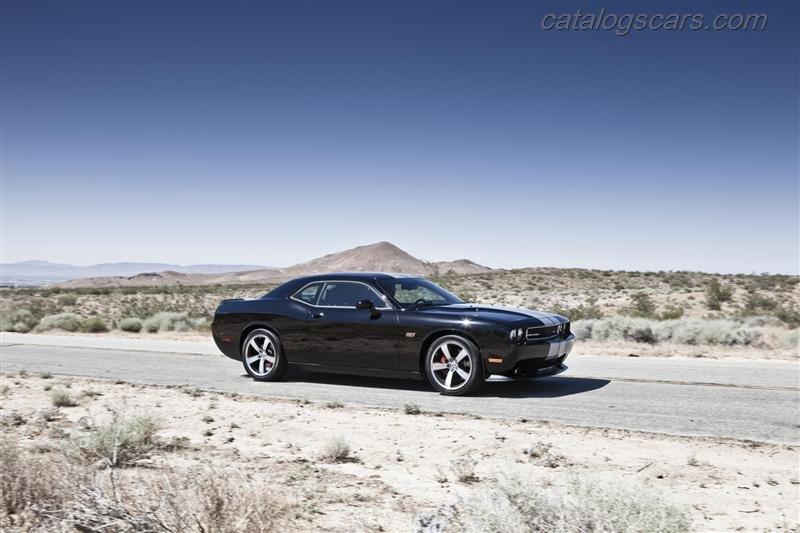 صور سيارة دودج تشالنجر SRT8 392 2014 - اجمل خلفيات صور عربية دودج تشالنجر SRT8 392 2014 - Dodge Challenger SRT8 392 Photos Dodge-Challenger-SRT8-392-2012-12.jpg