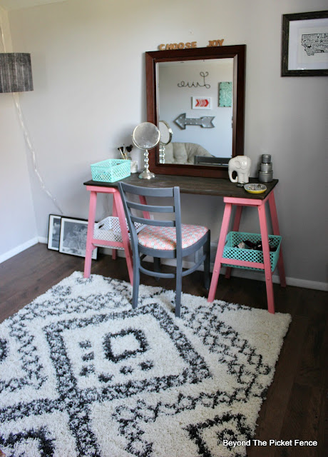 teen bedroom, attic, vanity, rug, tribal, desk, DIY, spray paint, mirror, http://bec4-beyondthepicketfence.blogspot.com/2015/10/teen-attic-bedroom-easy-vanity.html