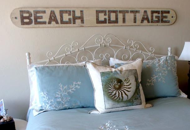 Everything Coastal Winter Warm Up Cozy Beach Bedroom Ideas