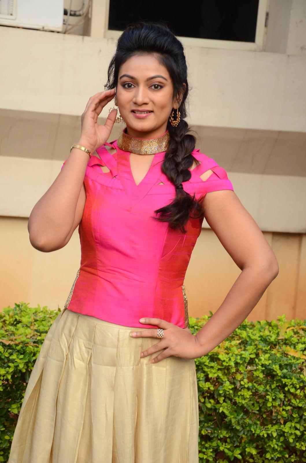 Ashmitha latest glamorous photos-HQ-Photo-18