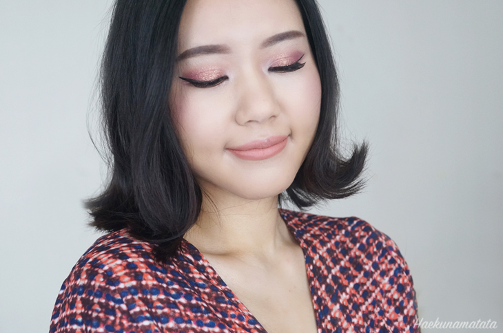 Valentine's Day Pink Glam Makeup-MAC Pigment in Rose