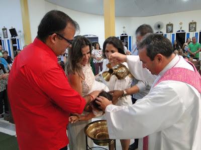 https://armaduracristao.blogspot.com/2018/12/batizado-de-maria-fernanda.html