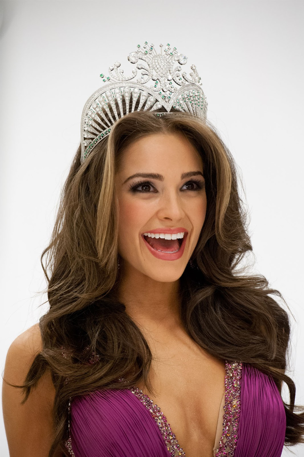 Olivia Culpo Miss Universe 2012 Hd Wallpapers Hd