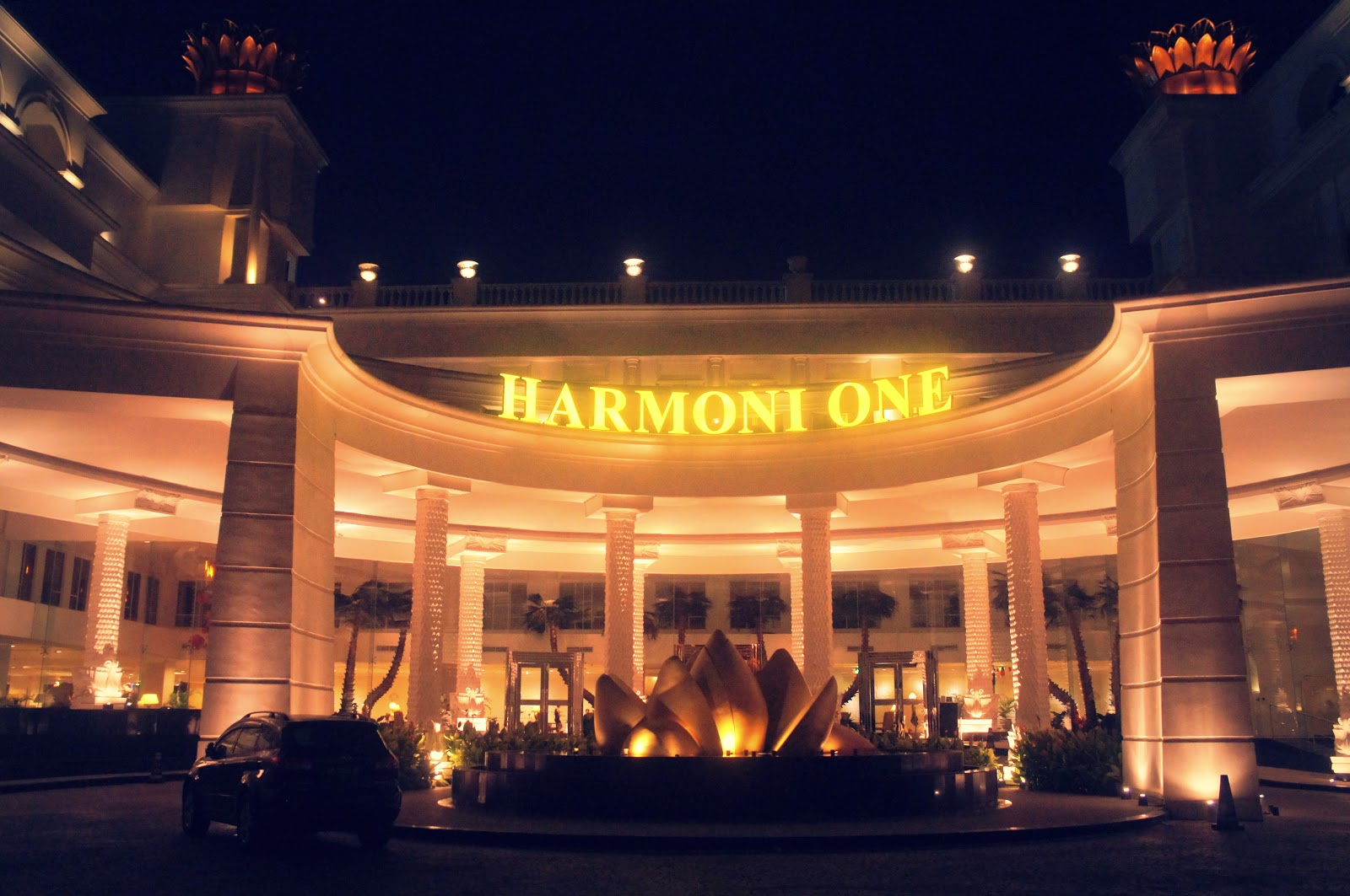 Harmoni One Hotel Batam Review
