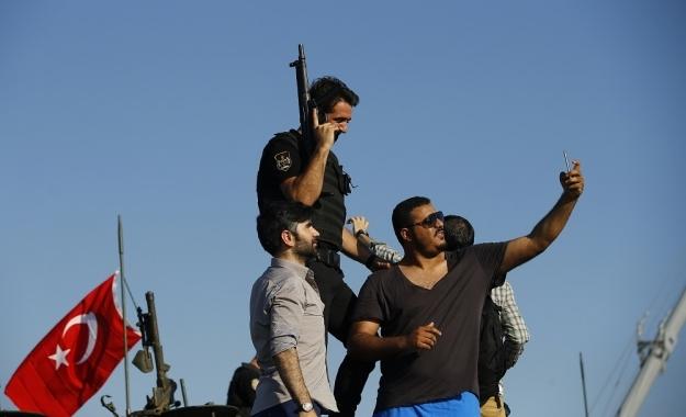 Τουρκία: Από το στρατιωτικό πραξικόπημα στην πολιτική δικτατορία;