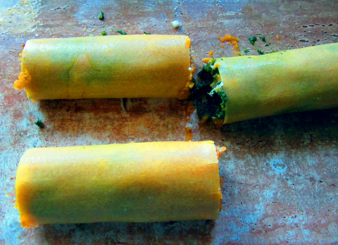 Squash and spinach pasta rotolo by Laka kuharica: Place rotoli side by side in the tomato sauce
