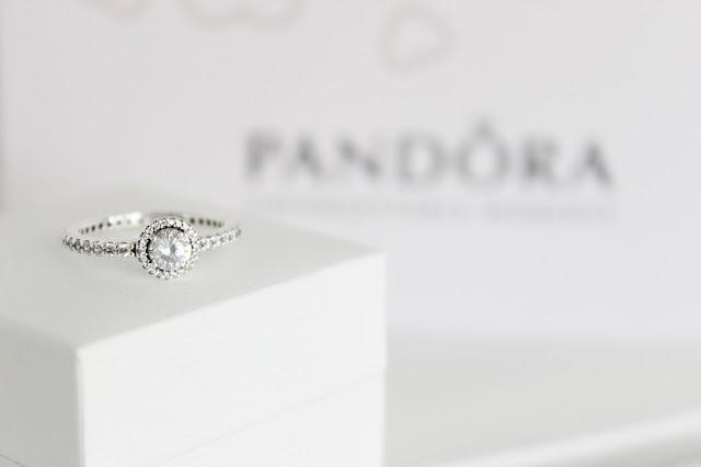 Pandora Classic Elegance Ring | Mococo