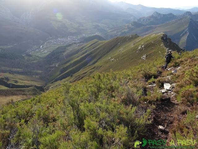 Sierra de Juan Robre: Bajando a Las Arenas desde Collado Cima