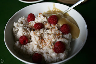 http://be-alice.blogspot.com/2015/04/coconut-rice-pudding-vegan.html