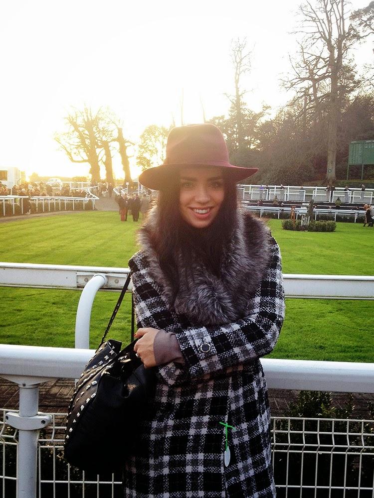 Emma Louise Layla at Sandown races