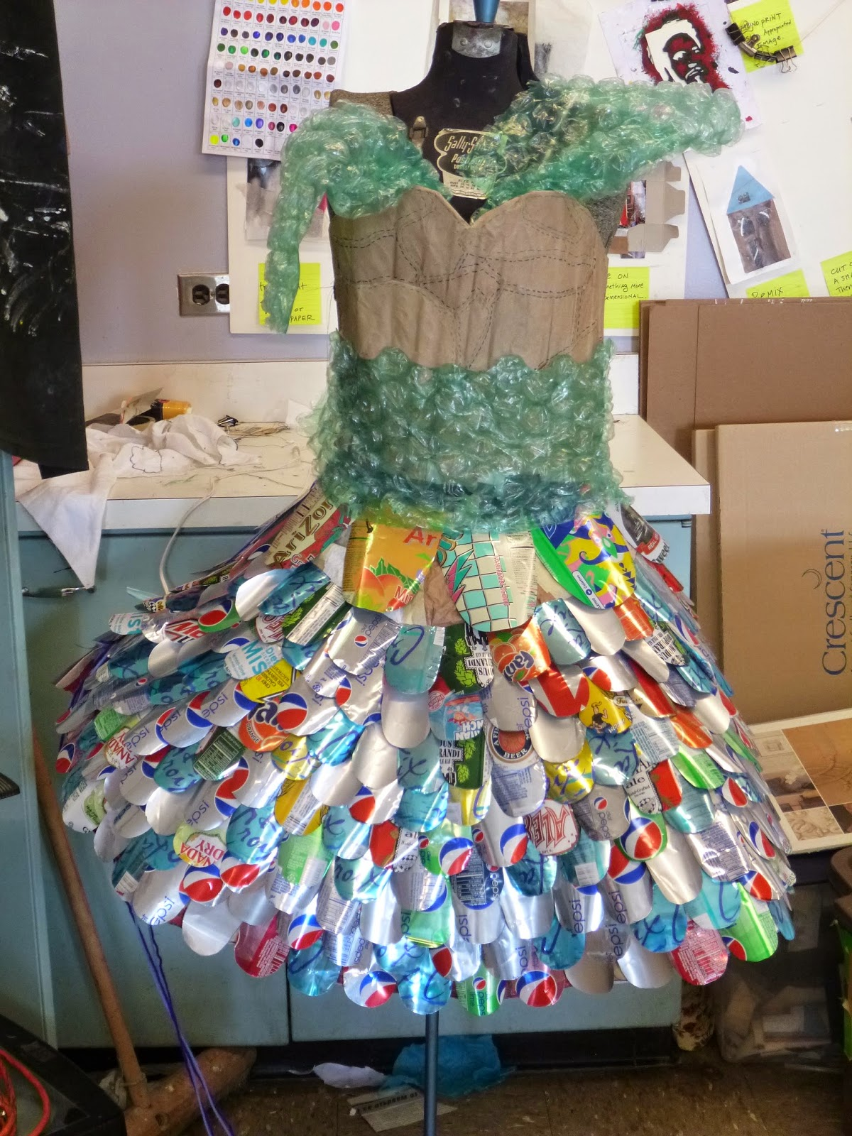 Recyclable Fashion: Lane Tech Art Studio : Recycled Fashion 2014