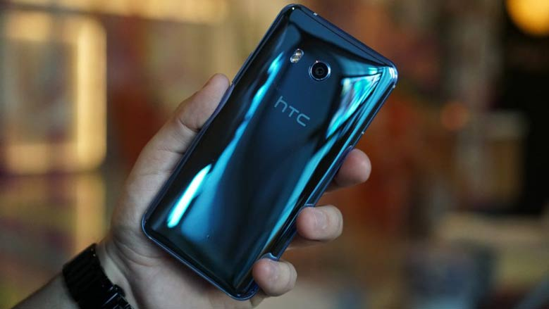 htc-u11-gets-android-oreo-8-0-update