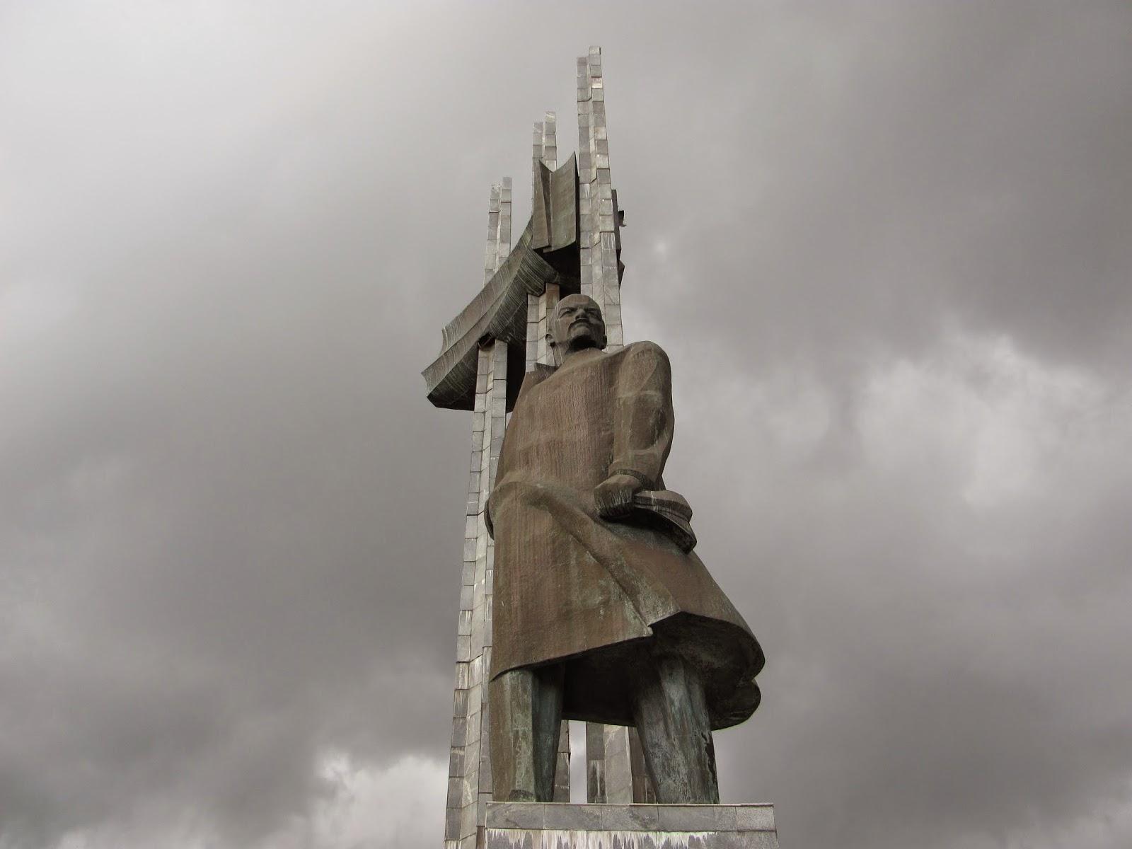 Памятник Ленину в Артеке